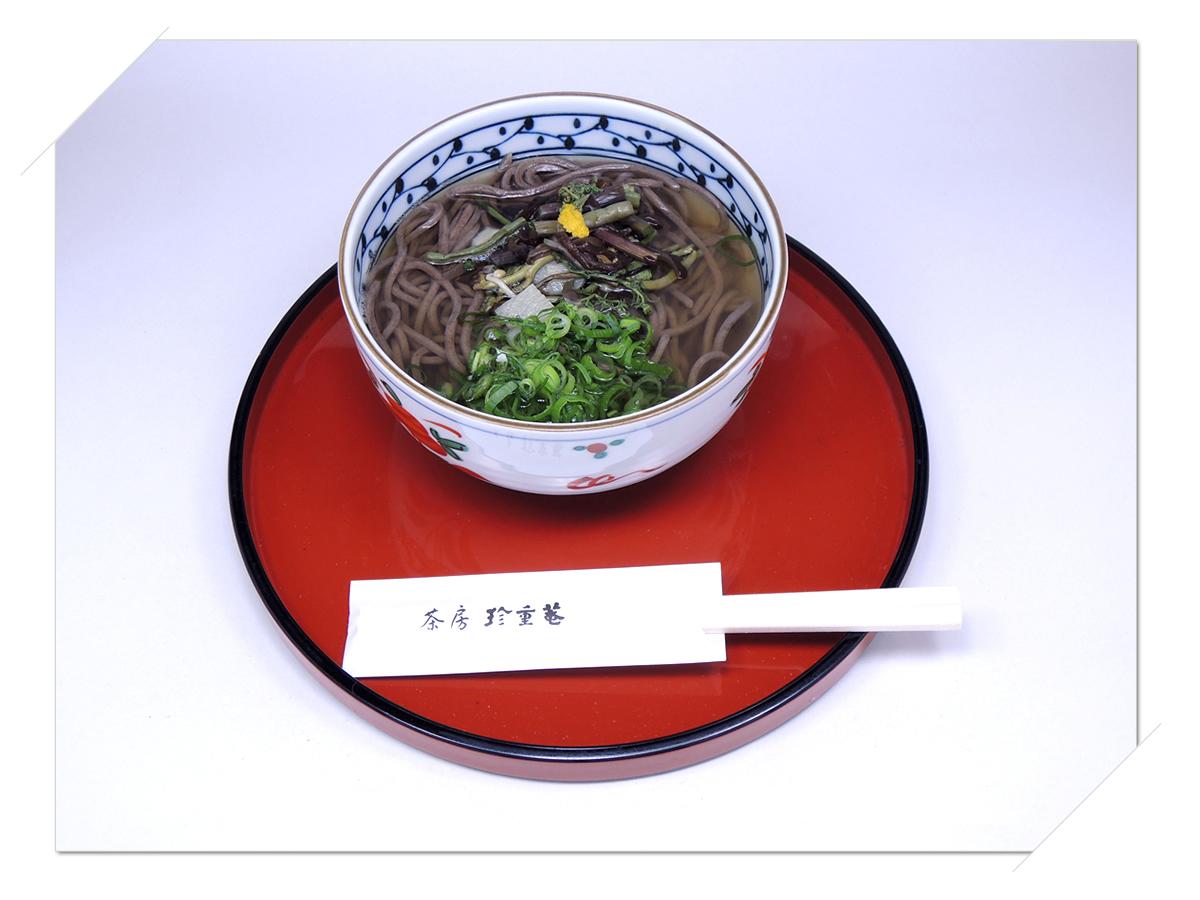 熊野那智大社・那智の滝・青岸渡寺の側 甘味処・お食事処・喫茶「茶房珍重庵 那智山店」メニュー写真 もうでそば